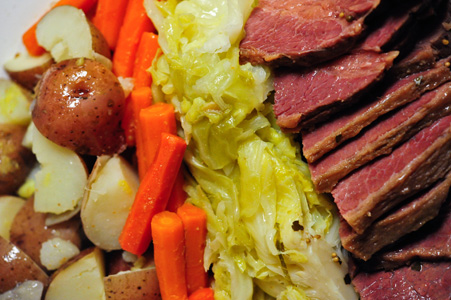 How To Cook Corned Beef And Cabbage Beer Cuisine Cooking With Beer
