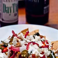Nachos-with-Mexican-Style-Beer-Stewed-Chicken-5