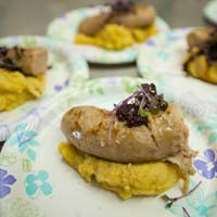 Garbanzo-Bean-Yukon-Gold-Mash-Potatoes--with-Sausage-2