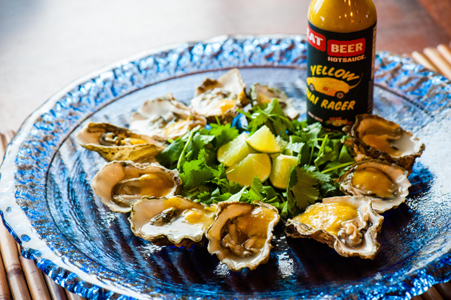 Oysters with Yellow Thai Racer